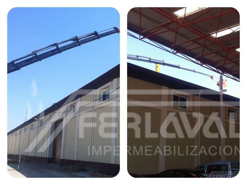 Reparación en cubierta de recinto ferial